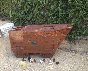 Start Wars Sand Crawler